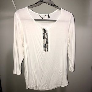 Buckle BKE Boutique Beaded White T-shirt
